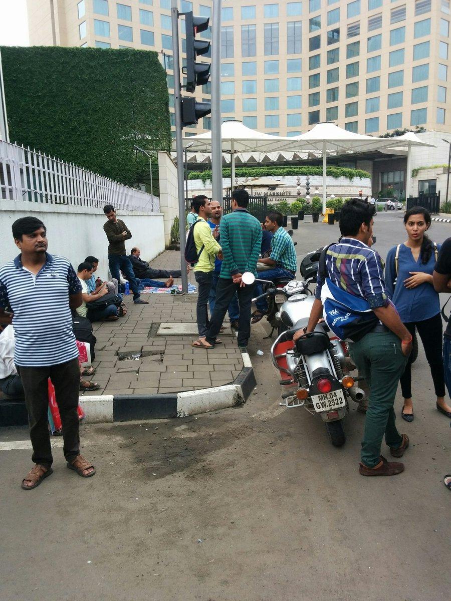 Airport Health center Mumbai waiting queues