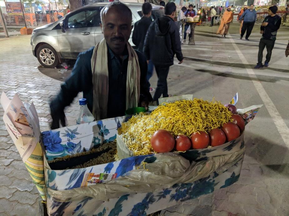 A bhel thelawala